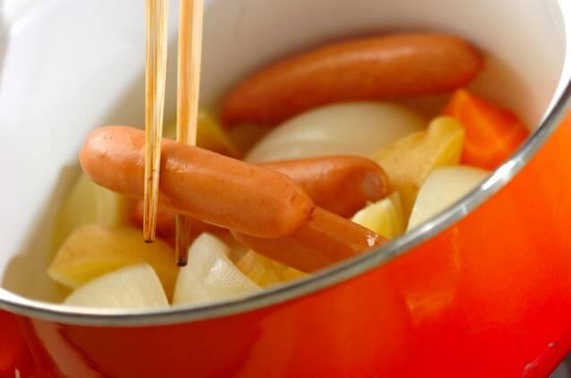 玉ネギとソーセージの煮込みの作り方の手順6
