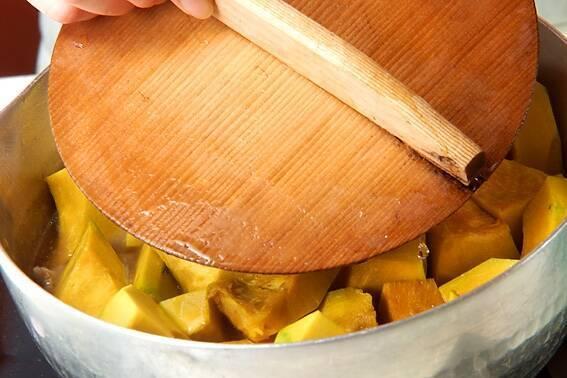 カボチャと豚肉の炒め煮の作り方の手順3