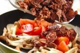 牛肉とトマトのオイスター炒めの作り方4