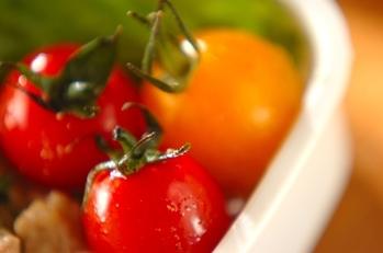 トマトのハチミツサラダ