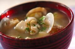 豆腐とアサリのみそ汁