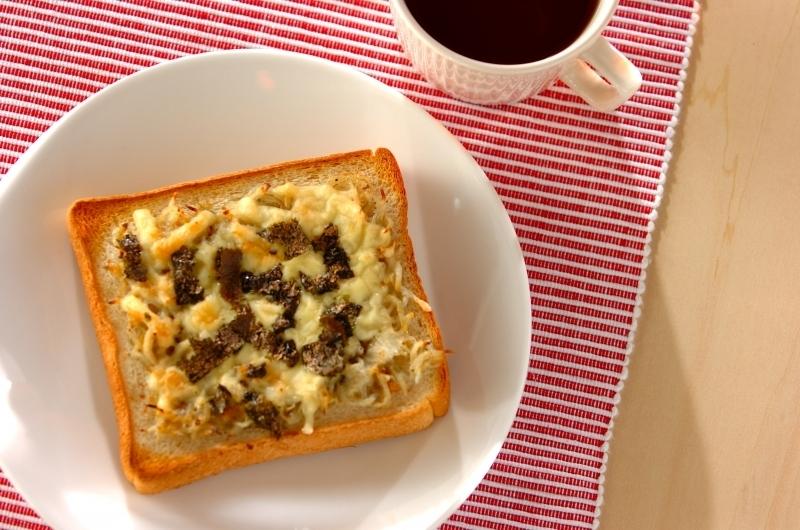 3. シラスとチーズの和風みそトースト