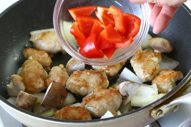 コロコロ黒酢酢豚の作り方の手順6
