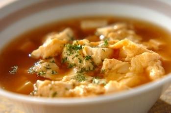 豆腐と卵のコンソメスープ