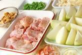 鶏肉のトマト煮の下準備1