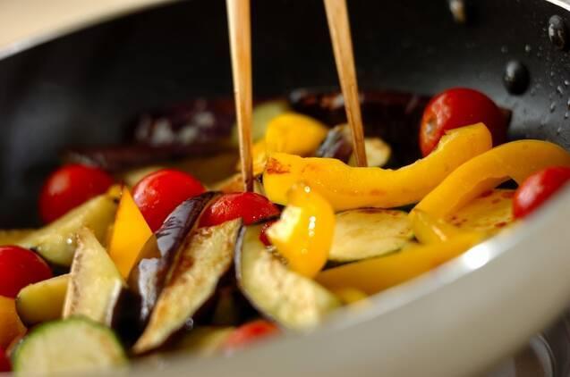 夏野菜マリネの作り方の手順2