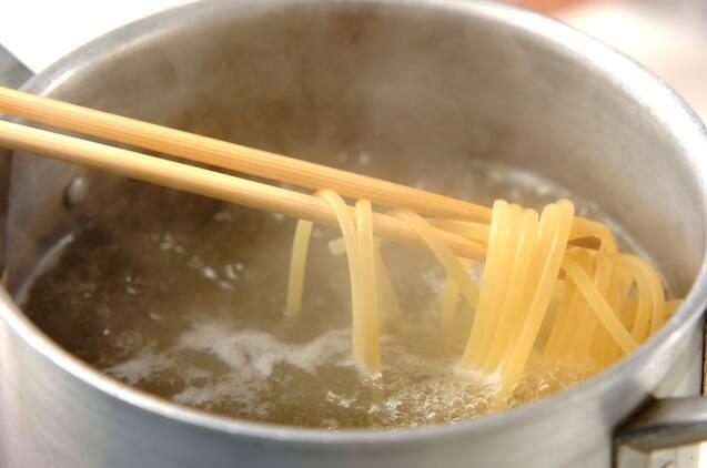 キノコたっぷりカルボナーラの作り方の手順5