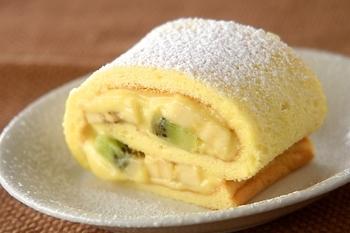 カスタードロールケーキ