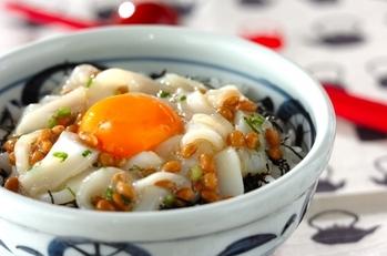 卵のせイカ納豆丼
