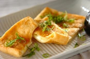 油揚げのマヨチーズ焼き