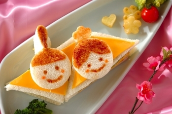 ひな祭りサンドイッチ