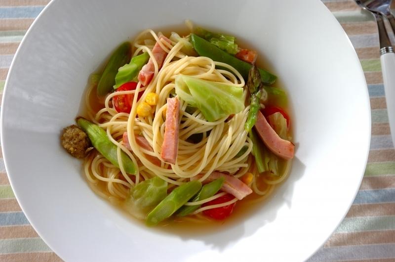 ベーコンと春野菜のスープスパゲティー