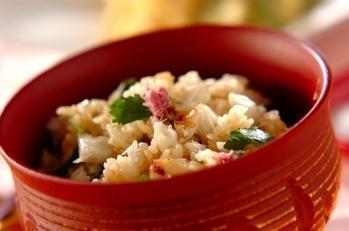桜の塩漬け入り鯛飯