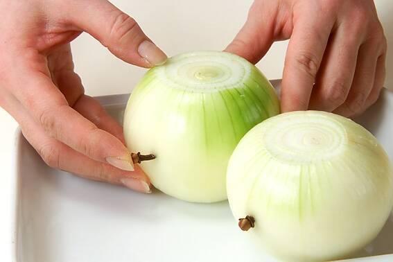 ごろごろ野菜とソーセージのポトフの作り方の手順1