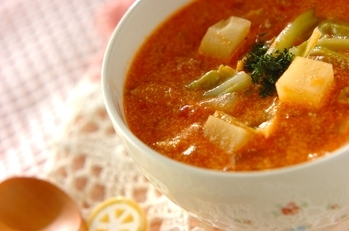 春野菜のトマトクリームスープ