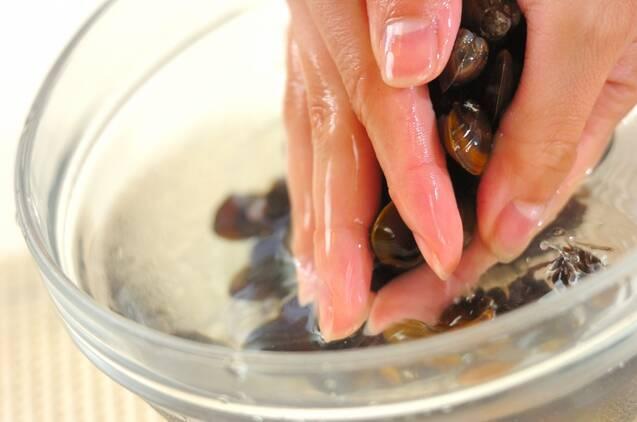 シジミ汁の作り方の手順1
