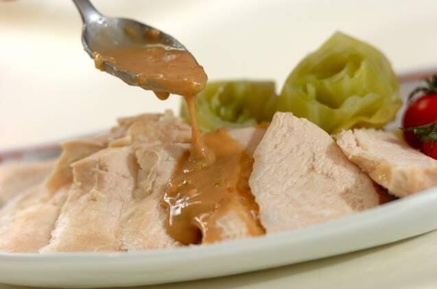 鶏むね肉の酒蒸しゴマダレかけの作り方の手順6