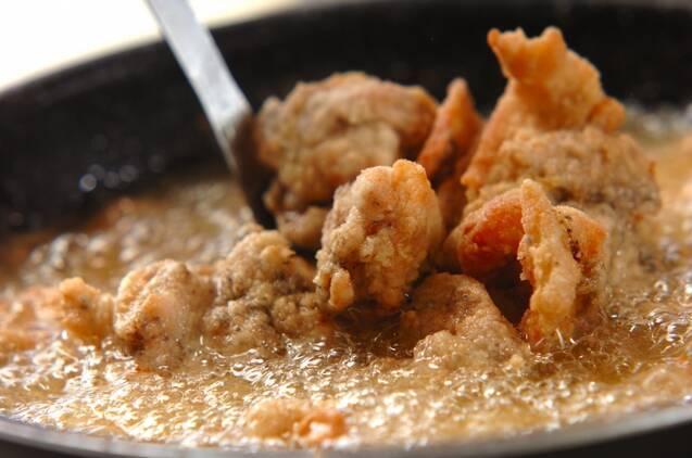 黒コショウ味鶏もも肉唐揚げの作り方の手順4