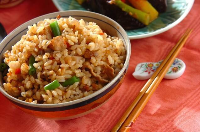 具だくさん炊き込み玄米ご飯