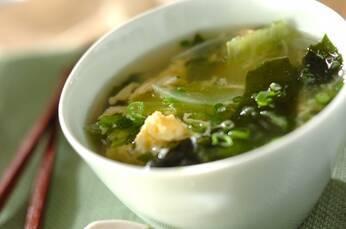 レタスのふんわり卵スープ