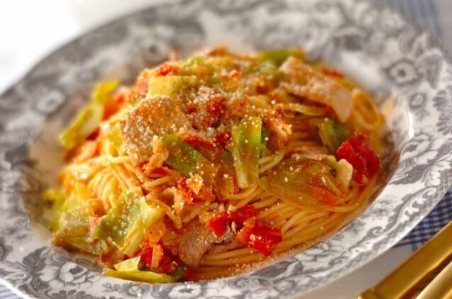 豚肉とキャベツのトマトスパゲッティー