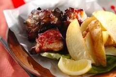 骨付き豚バラ肉のペッパー焼き
