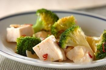 サラダチキンの中華風マリネ