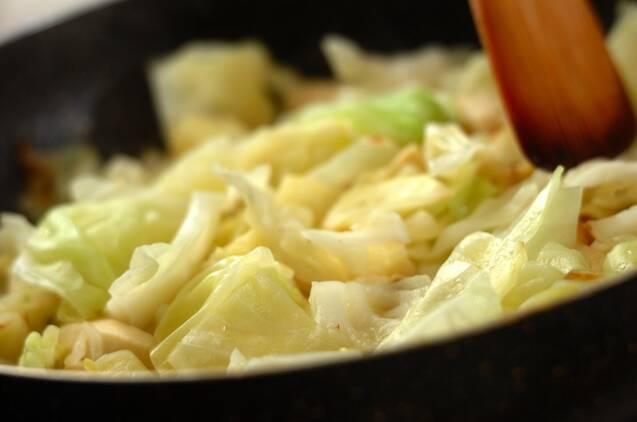 高野豆腐とキャベツの卵炒めの作り方の手順2