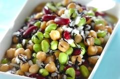 豆とヒジキの彩マリネ