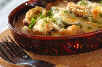 濃厚クリーミー!ズッキーニと魚介のチーズ焼き