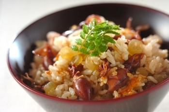 ホタルイカとフキの炊き込みご飯