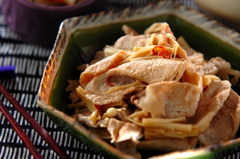えのきと豚肉のピリ辛炒め