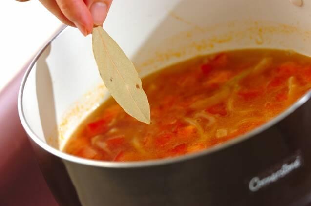 キャベツとトマトのスープの作り方の手順3