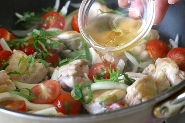 鶏肉とミニトマトの甘酢炒めの作り方の手順7