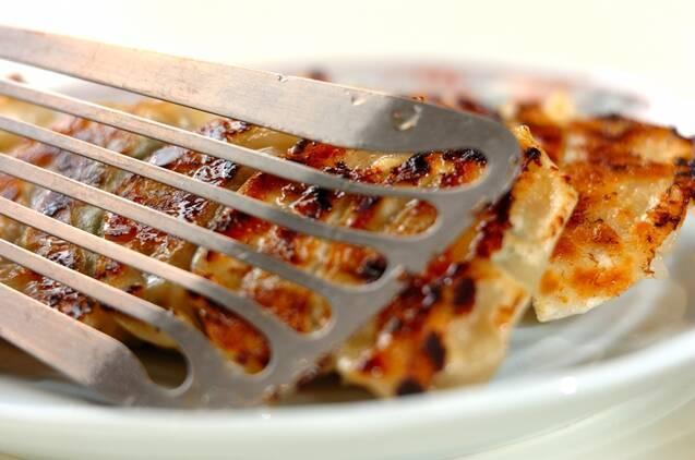 大葉がさわやか!しそ餃子の作り方の手順7