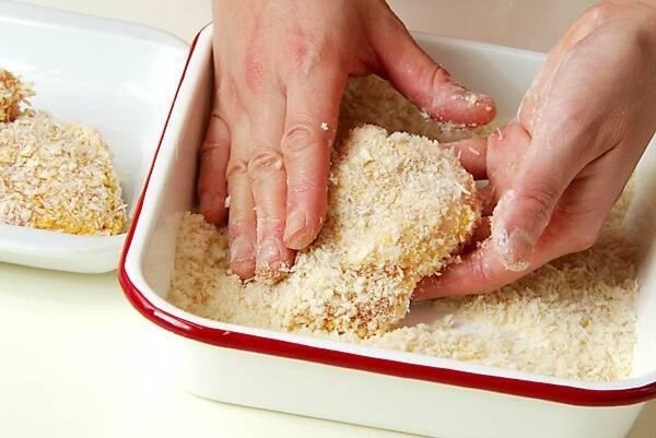 チーズ入りチキンカツの作り方の手順5