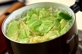 春キャベツと薄切り豚肉の中華和えの作り方1