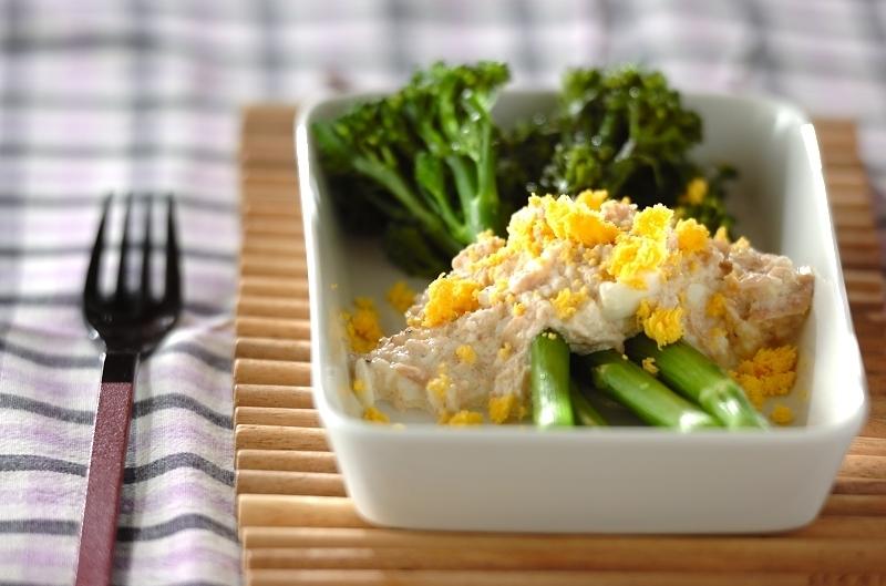 茎ブロッコリーとツナを合わせたサラダ