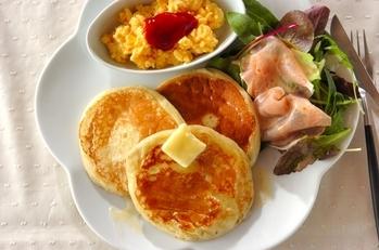 豆腐パンケーキ&レンジスクランブルエッグ