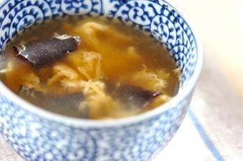 キクラゲと卵の中華スープ