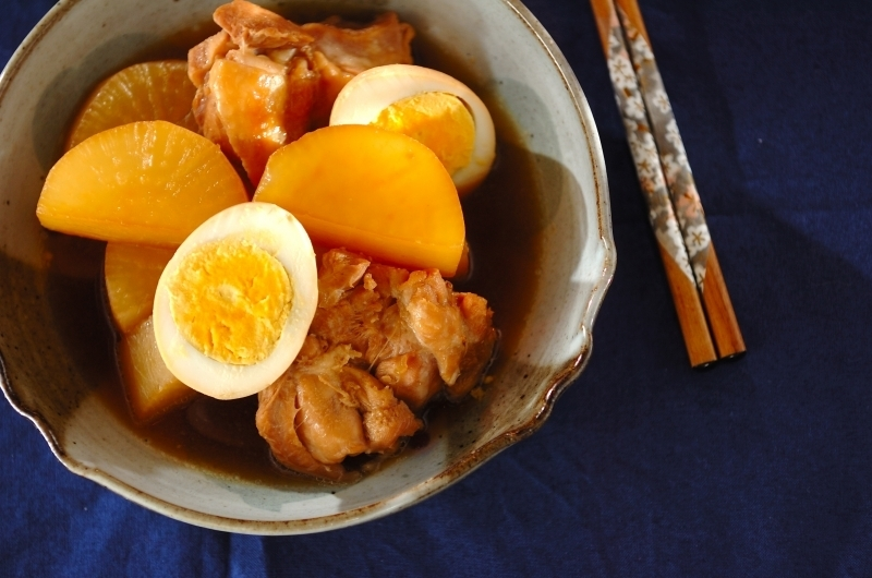 大根とゆでたまごの煮物