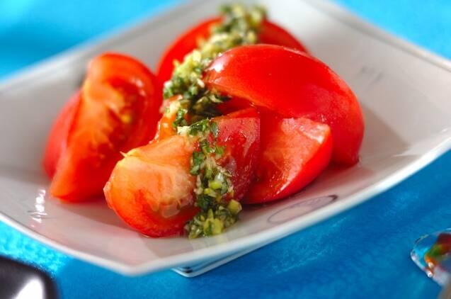 だししょうゆとネギの冷やしトマト