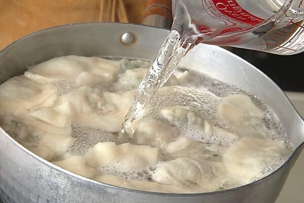 水餃子の作り方の手順13