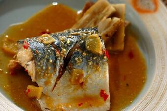 サバのピリ辛みそ煮