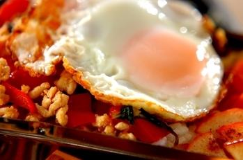 ガパオライス風丼