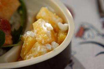 パイナップルのチーズ和え