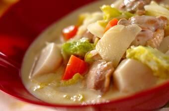 里芋と白菜のクリームシチュー