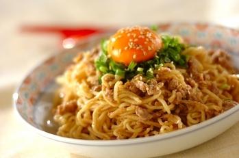 インスタント麺でできる!汁なし混ぜ麺