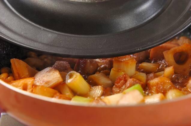 レンコンと豚バラの甘辛煮の作り方の手順3