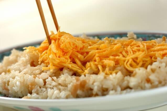 シンプルに。ホタテの中華風ちらし寿司の作り方の手順6